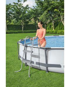 Échelle de piscine 84 cm